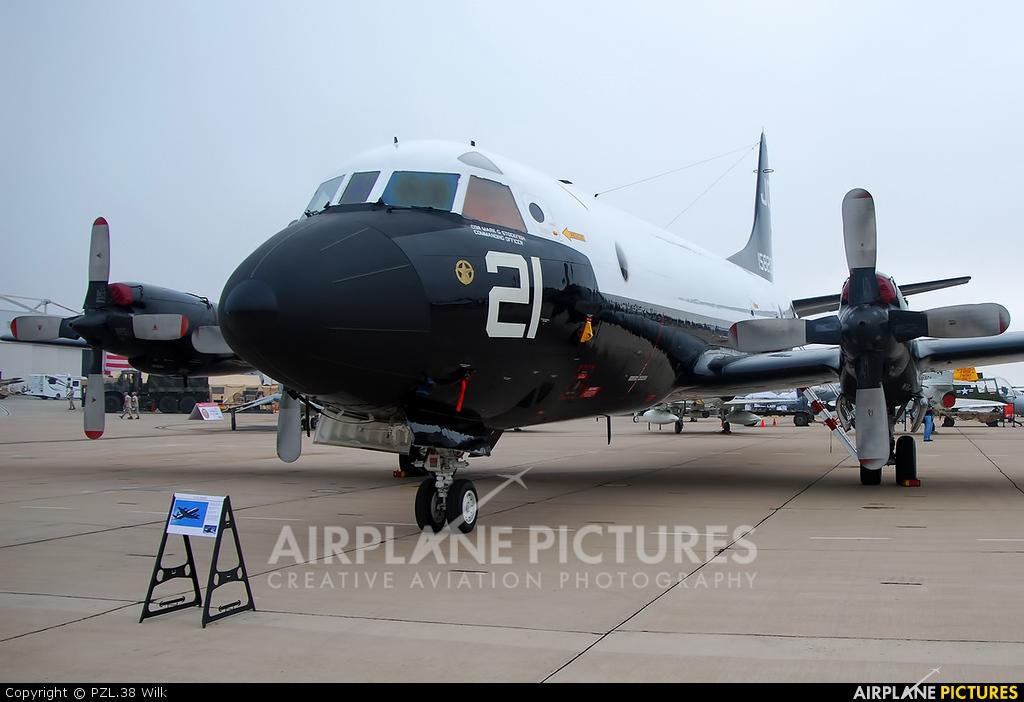 USA - Navy 158206 aircraft at Miramar MCAS / Mitscher Field