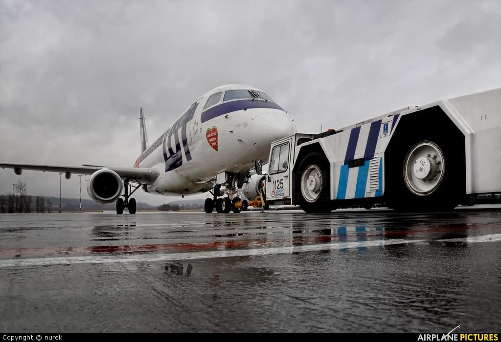 LOT - Polish Airlines SP-LID aircraft at Kraków - John Paul II Intl