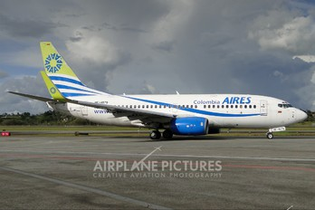 HK-4675 - Aires Colombia Boeing 737-700