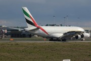 Emirates Airlines A6-EDC image