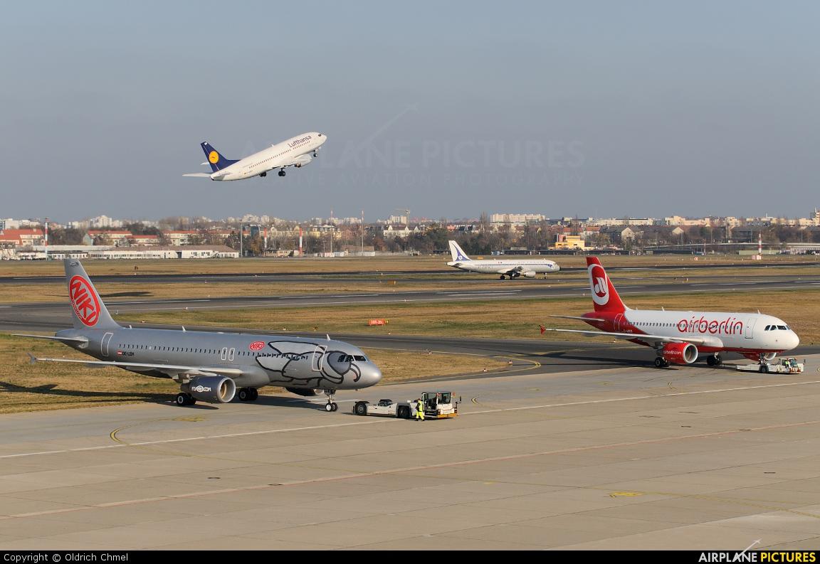 Niki OE-LEH aircraft at Berlin - Tegel