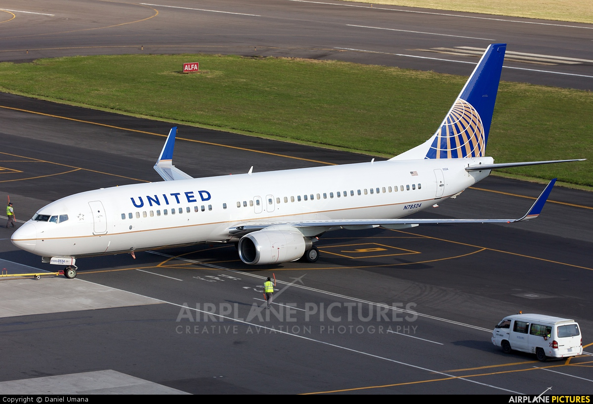 United Airlines N78524 aircraft at San Jose - Juan Santamaría Intl