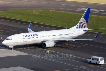 N78524 - United Airlines Boeing 737-800