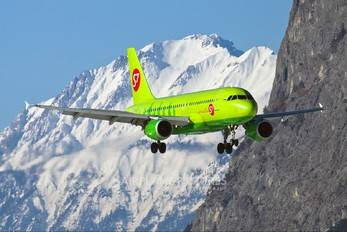 VP-BHP - S7 Airlines Airbus A319