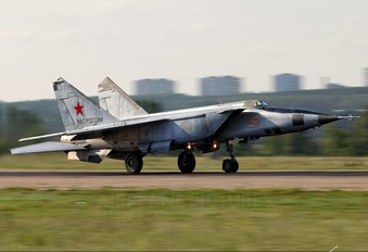 48 - Russia - Air Force Mikoyan-Gurevich MiG-25R (all models)