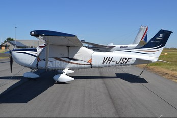 VH-JSF - Private Cessna 182 Skylane (all models except RG)