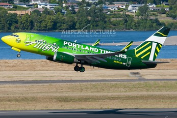 N607AS - Alaska Airlines Boeing 737-700