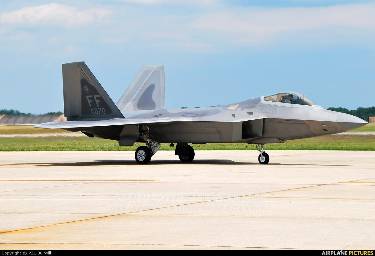 USA - Air Force 04-4070 aircraft at Andrews JB