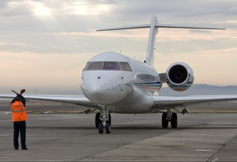 F-HFBY - Private Bombardier BD-700 Global 5000