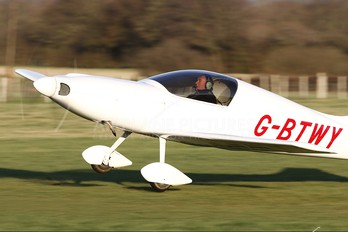 G-BTWY - Private Aero Designs Pulsar XP