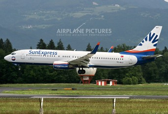 TC-SUJ - SunExpress Boeing 737-800