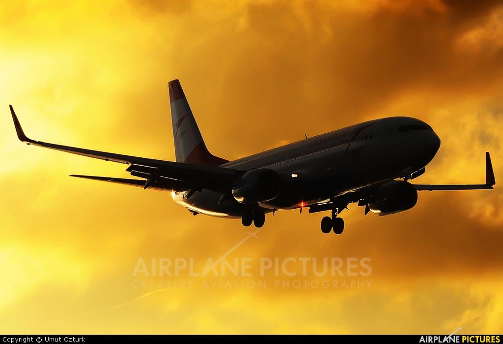 Austrian Airlines/Arrows/Tyrolean OE-LNR aircraft at Istanbul - Ataturk