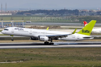 YL-BDC - Air Baltic Boeing 757-200WL
