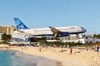 N624JB - JetBlue Airways Airbus A320