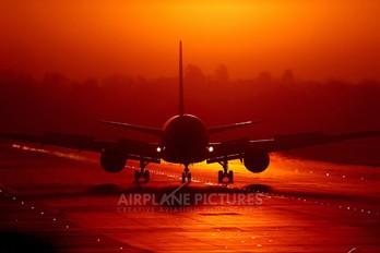 G-BYAA - Thomson/Thomsonfly Boeing 767-200
