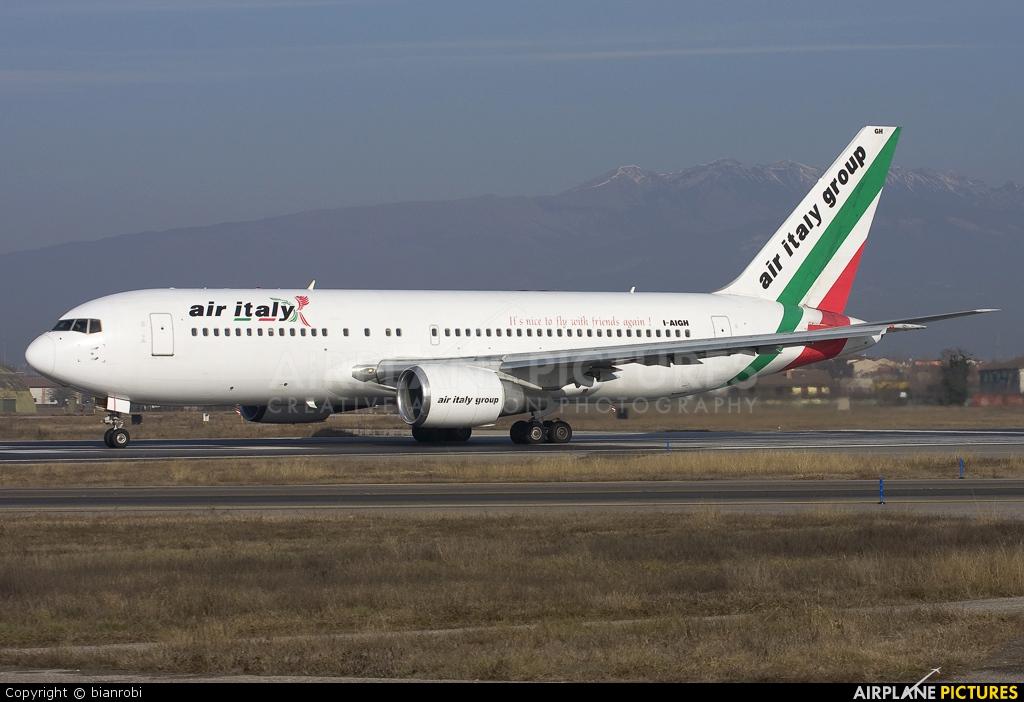 Air Italy I-AIGH aircraft at Verona - Villafranca