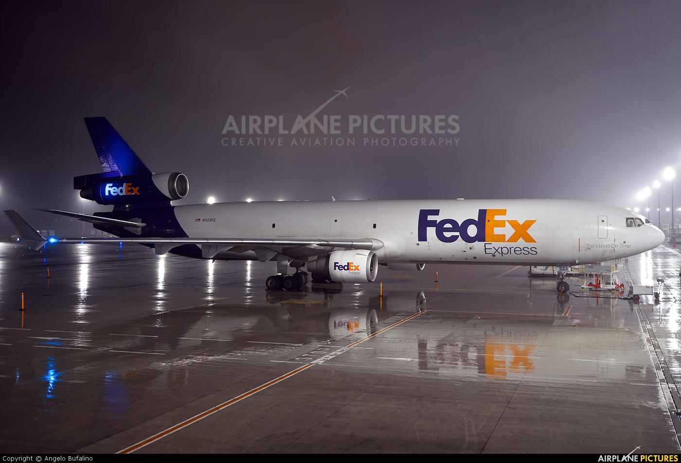 FedEx Federal Express N523FE aircraft at Paris - Charles de Gaulle