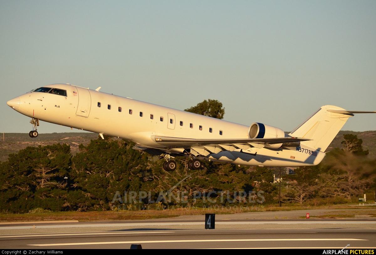US Airways Express N37178 aircraft at Monterey Regional
