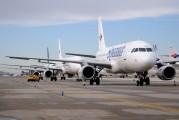 EC-IZK - Spanair Airbus A320 aircraft