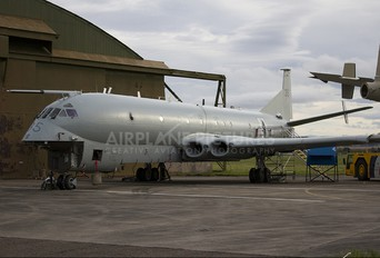 XV235 - Royal Air Force British Aerospace Nimrod MR.2