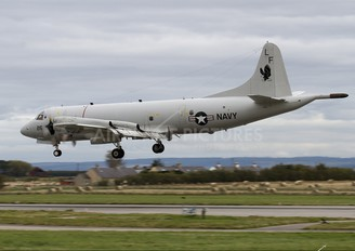158215 - USA - Navy Lockheed P-3C Orion