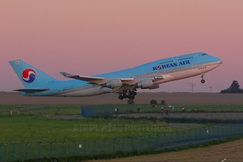 HL7460 - Korean Air Boeing 747-400