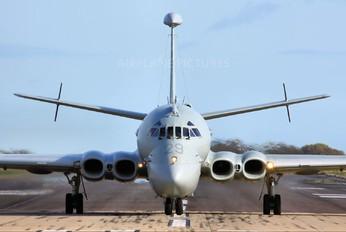 XV229 - Royal Air Force British Aerospace Nimrod MR.2