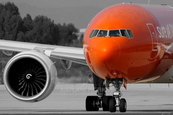 N778SA - TNT Boeing 777F