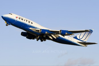 N199UA - United Airlines Boeing 747-400
