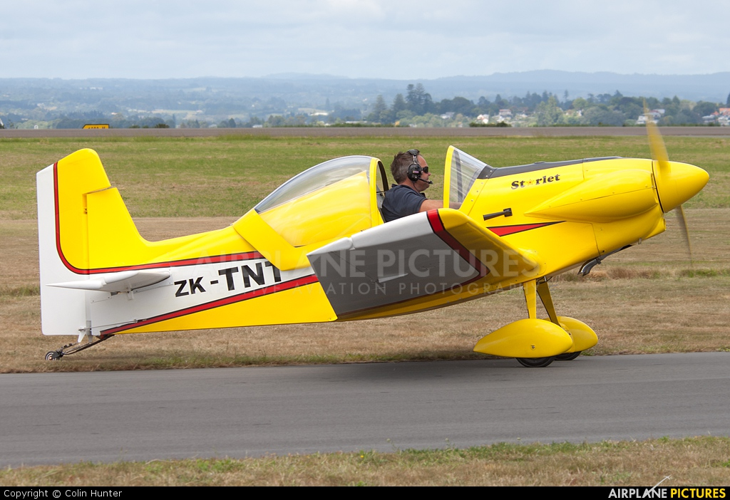 Private ZK-TNT aircraft at Tauranga