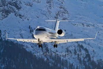 OE-ISU - Private Canadair CL-600 Challenger 605