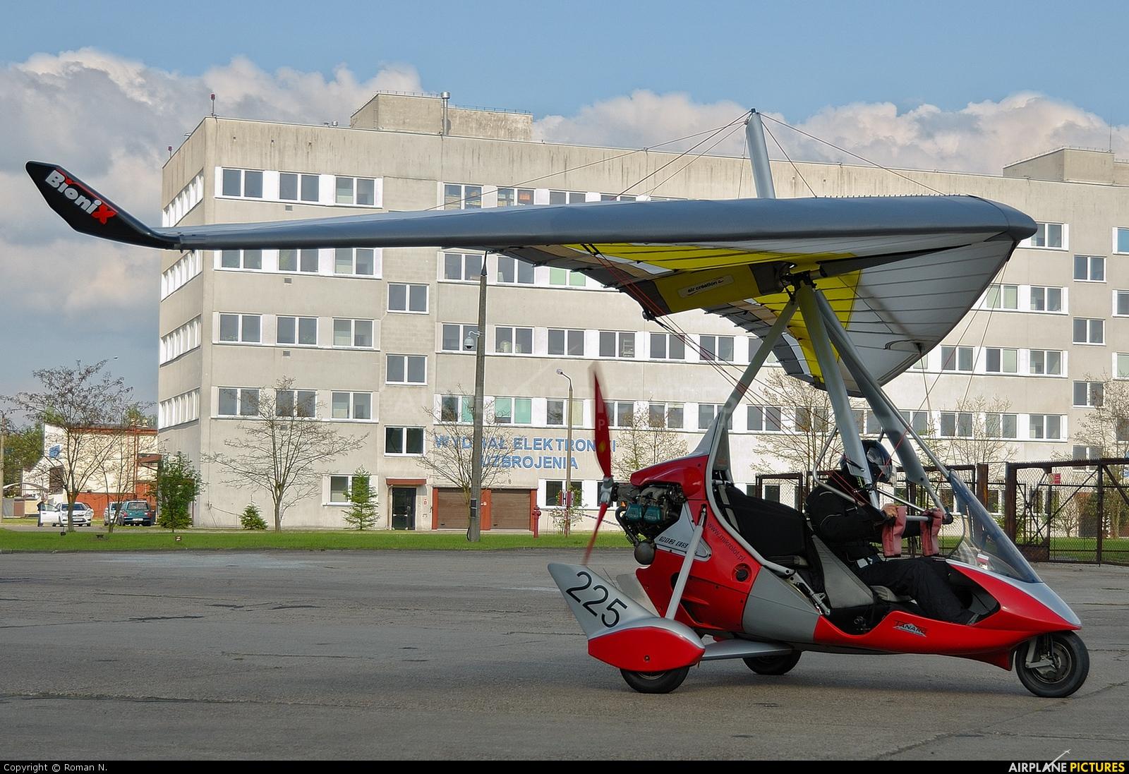 Private SP-MTK aircraft at Bydgoszcz - Szwederowo