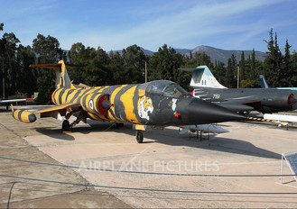 32720 - Greece - Hellenic Air Force Lockheed F-104G Starfighter