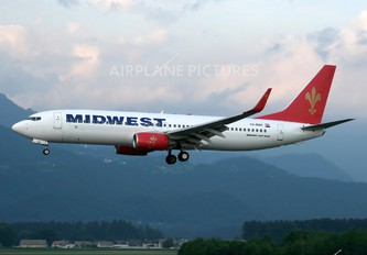 SU-MWE - Midwest Airlines Boeing 737-800