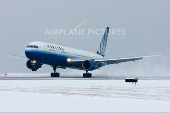 N661UA - United Airlines Boeing 767-300ER