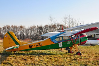 SP-KZF - Aeroklub Radomski PZL 101 Gawron