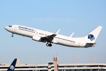PH-HZO - Aeromexico Boeing 737-800