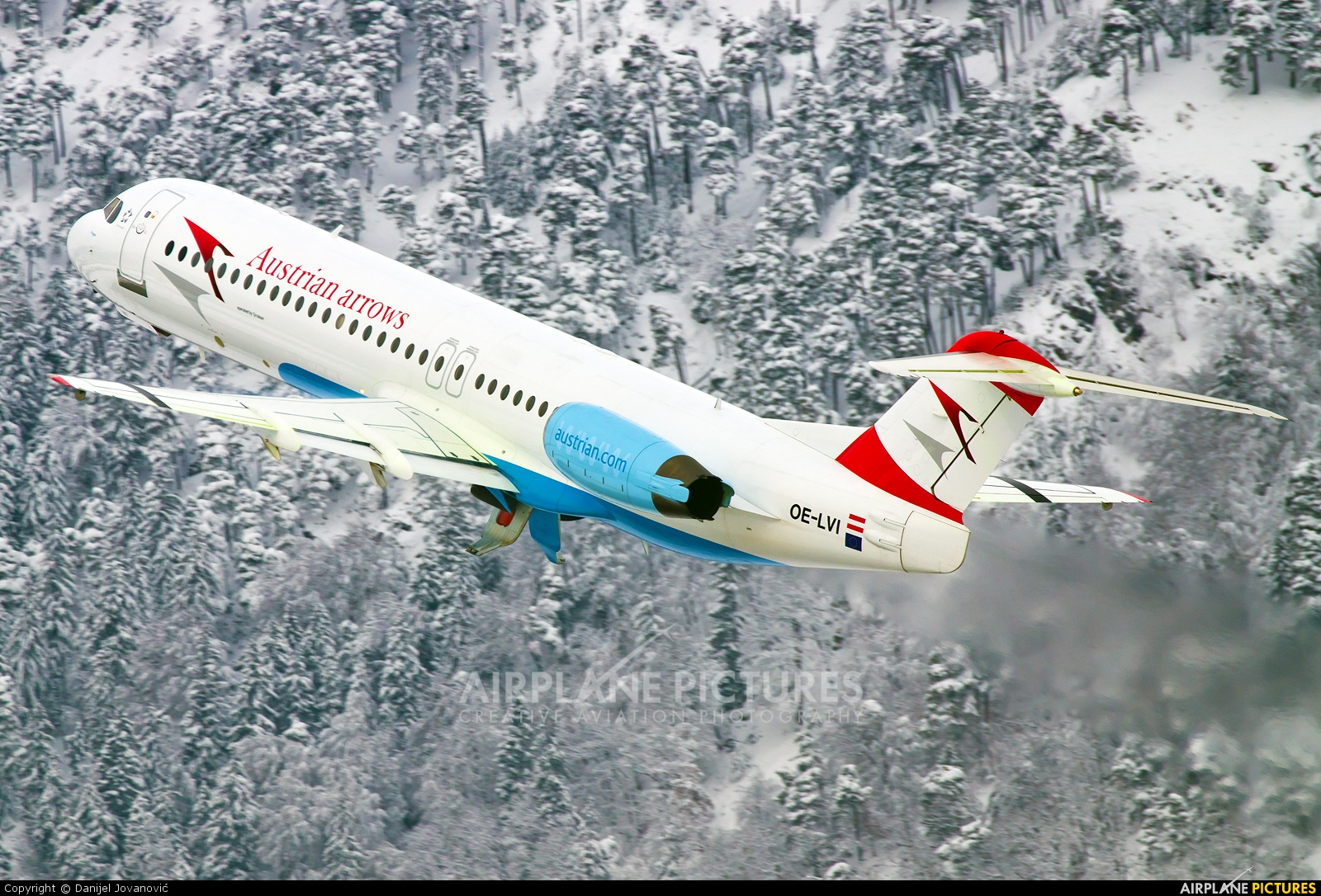 Austrian Airlines/Arrows/Tyrolean OE-LVI aircraft at Innsbruck