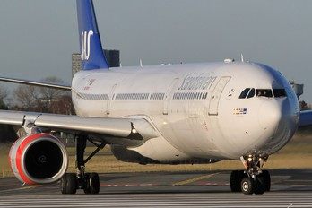 OY-KBN - SAS - Scandinavian Airlines Airbus A330-300