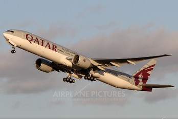 A7-BAI - Qatar Airways Boeing 777-300ER