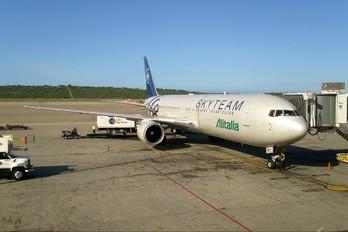 EI-DBP - Alitalia Boeing 767-300
