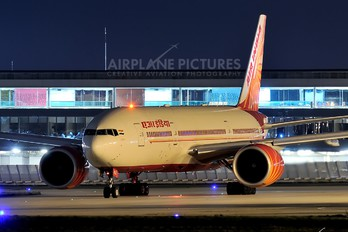 VT-ALE - Air India Boeing 777-200LR