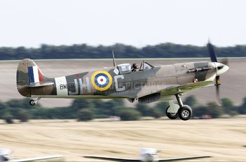 G-MKVB - Historic Aircraft Collection Supermarine Spitfire LF.Vb