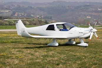 I-A587 - Private Dyn Aero MCR01 Club
