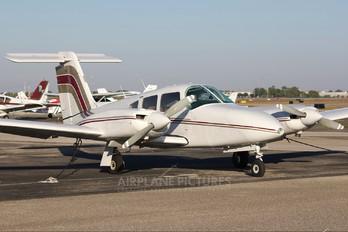 N2196V - Private Piper PA-44 Seminole