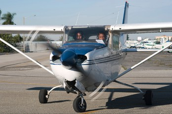N9985B - Private Cessna 172 RG Skyhawk / Cutlass