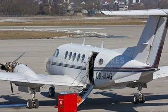 OK-MAG - Private Beechcraft 200 King Air