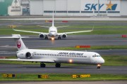JA8070 - JAL - Japan Airlines McDonnell Douglas MD-90 aircraft