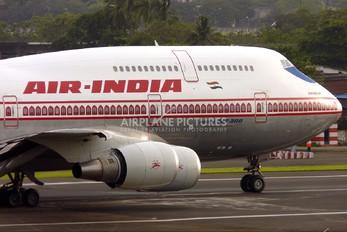 VT-EPW - Air India Boeing 747-300