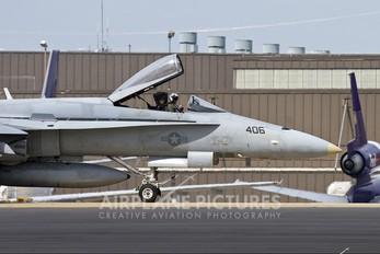 163113 - USA - Navy McDonnell Douglas F/A-18A Hornet
